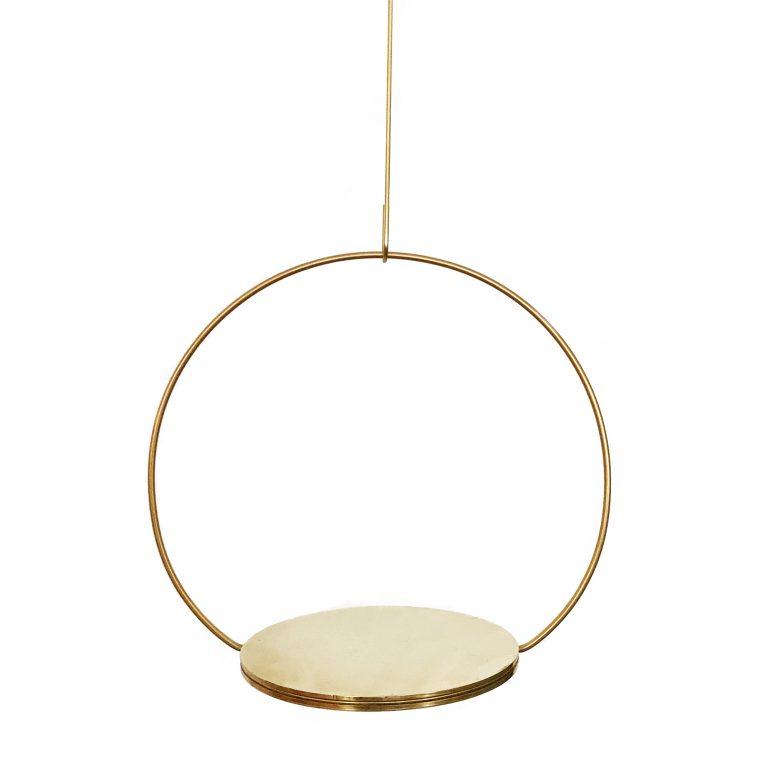 Kaja Skytte Circle Podium Brass Hanging decoraiton København Design Unik Gaveidéer Inspiration Minimalism Scandinavian Danish Julegaveidé Fri fragt